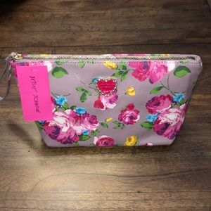 🆕Betsey Johnson ~ Clutch or Cosmetic Bag